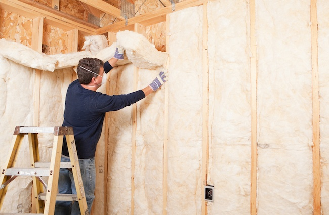 installing pet store insulation